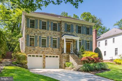 3812 Inverness Dr, Chevy Chase, MD 20815