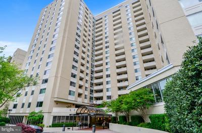 4601 N Park Ave #1205, Chevy Chase, MD 20815