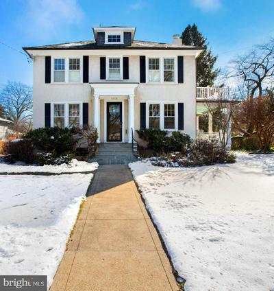 8809 Kensington Pkwy, Chevy Chase, MD 20815