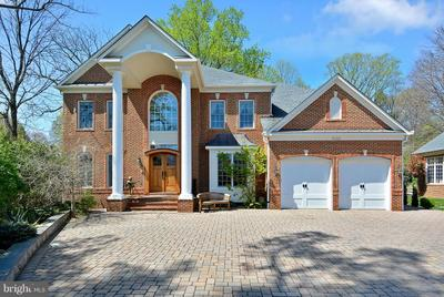 9202 Jones Mill Rd, Chevy Chase, MD 20815