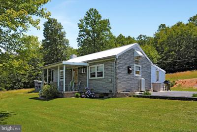 12131 Hanging Rock Rd, Clear Spring, MD 21722