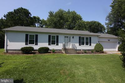 19 Anchor Dr, Crisfield, MD 21817