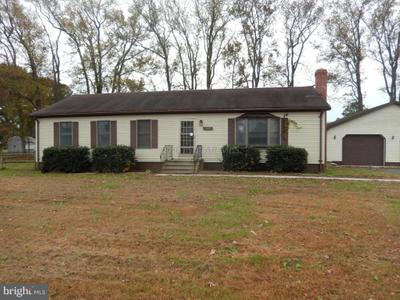 6 Anchor Dr, Crisfield, MD 21817