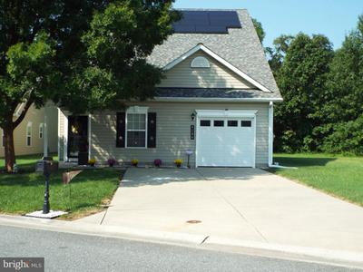9184 Clubhouse Dr, Delmar, MD 21875