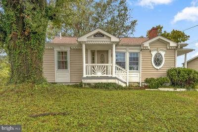 7009 Helena Pl, District Heights, MD 20747