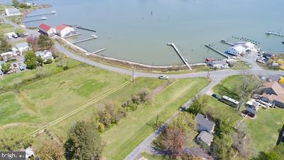 1240 Horse Point Rd, Fishing Creek, MD 21634