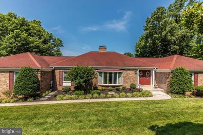 7402 Round Hill Rd, Frederick, MD 21702