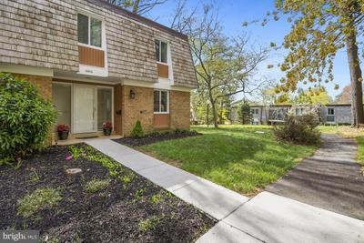 10410 Capehart Ct, Montgomery Village, MD 20886 MLS #MDMC752796 Image 1 of 30