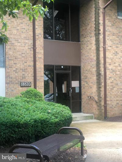 18610 Walkers Choice Rd #1, Gaithersburg, MD 20886
