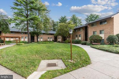 18814 Walkers Choice Rd #6, Gaithersburg, MD 20886