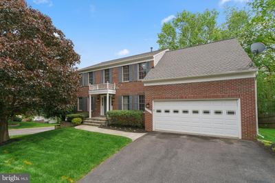 19813 Shady Brook Way, Gaithersburg, MD 20879