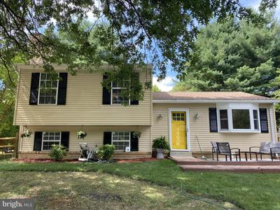 19816 Chesley Knoll Dr, Gaithersburg, MD 20879