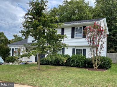 2249 Four Seasons Dr, Gambrills, MD 21054