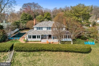 743 Bywater Rd, Gibson Island, MD 21056