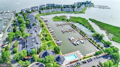 710 Oyster Cove Dr, Grasonville, MD 21638