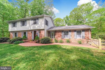 3020 Sycamore Pl, Huntingtown, MD 20639