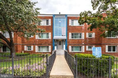 3833 Hamilton St #G-204, Hyattsville, MD 20781