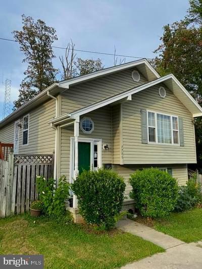 7706 Garrison Rd, Hyattsville, MD 20784