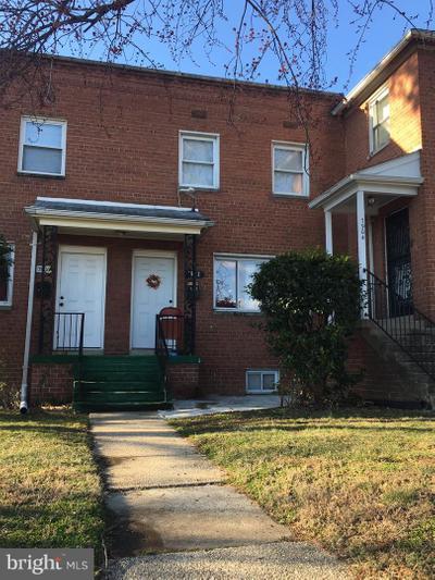 7902 Riggs Rd, Hyattsville, MD 20783