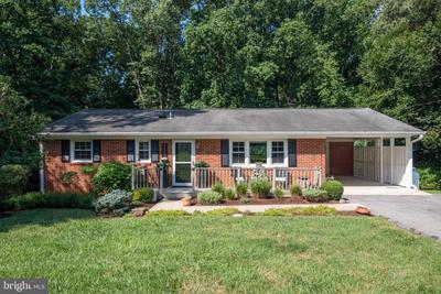 6255 Ford Dr, Indian Head, MD 20640