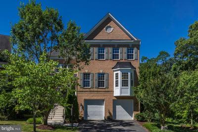 3206 Red Orchid Way, Kensington, MD 20895