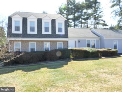 8124 Seneca View Dr, Laytonsville, MD 20882