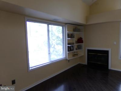 10100 Hellingly Pl #304 Image 6 of 71