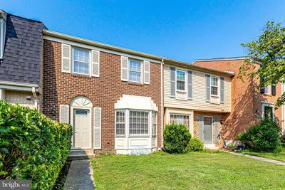 20010 Spur Hill Dr, Montgomery Village, MD 20886 MLS #MDMC2008390 Image 1 of 41