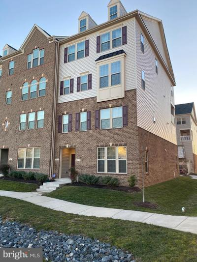 803 Orchard Tree Rd #39, Odenton, MD 21113