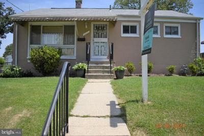5910 Terrell Ave, Oxon Hill, MD 20745