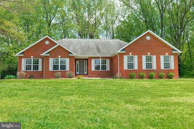 18551 Point Lookout Rd, Park Hall, MD 20667