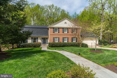 10430 Masters Ter, Potomac, MD 20854