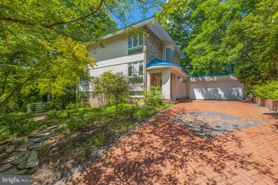 10704 Great Arbor Dr, Potomac, MD 20854