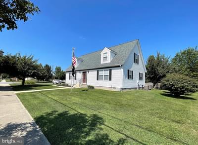 16 N Central Ave, Ridgely, MD 21660