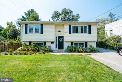 6100 44th Ave, Riverdale, MD 20737
