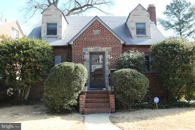 6101 43rd St, Riverdale, MD 20737