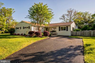 618 Pine Tree Dr, Severna Park, MD 21146