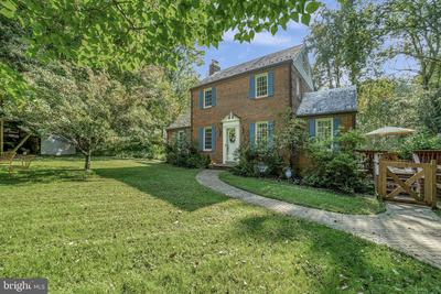12435 Meadowood Dr, Silver Spring, MD 20904