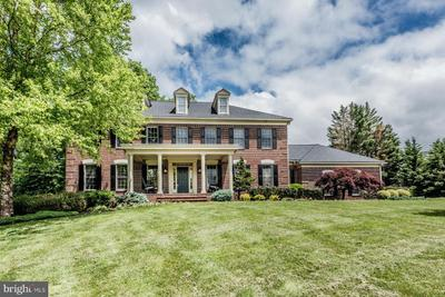 1709 Willow Springs Dr, Sykesville, MD 21784