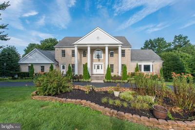 1710 Willow Springs Dr, Sykesville, MD 21784
