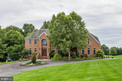 1728 Willow Springs Dr, Sykesville, MD 21784