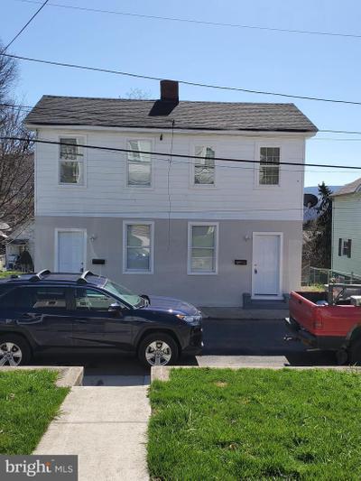 318 Hammond St, Westernport, MD 21562