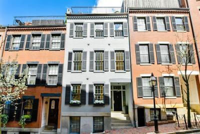 105 Myrtle St, Boston, MA 02114