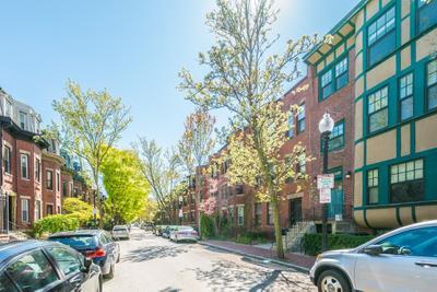 34 Worthington St #4, Boston, MA 02120