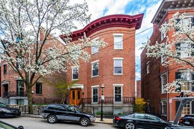 65 Winthrop St #1, Boston, MA 02129