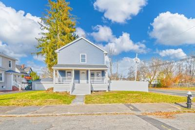 3 Sycamore Ave, Brockton, MA 02301