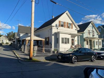 79 Fulton St, Lowell, MA 01850
