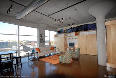 55 W Canfield St #305 Image 2