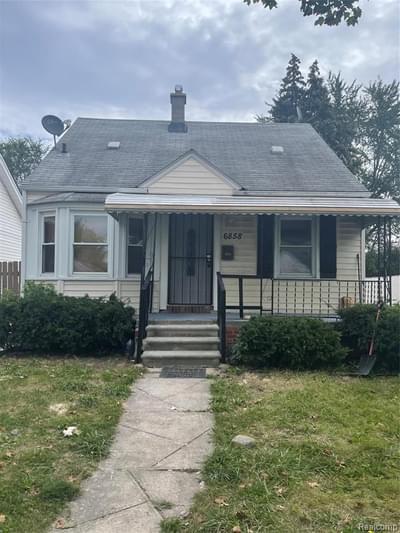 6858 Stahelin Ave, Detroit, MI 48228