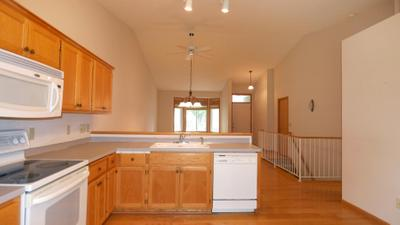 13310 Glenhaven Ct, Apple Valley, MN 55124